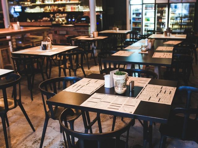Inredning på en modern restaurang